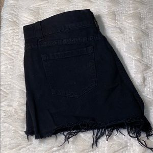 PRETTY LITTLE THING US SIZE 6 BLACK SHORTS